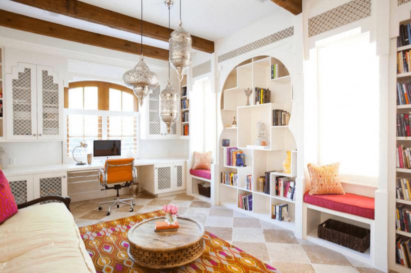 Oficina Marroquí-Inspirado - opciones de almacenamiento únicos función y el diseño se casan.
