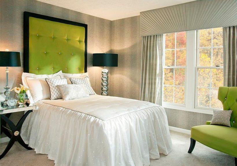 las modernas habitaciones con preciosas estallidos de color verde manzana y el espacio de diseño inteligente