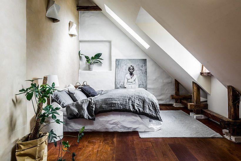 Preciosa habitación del ático con moderno estilo mediterráneo