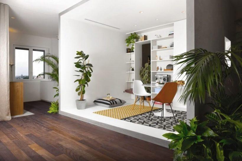 Italiana Apartamento pensa dentro da caixa