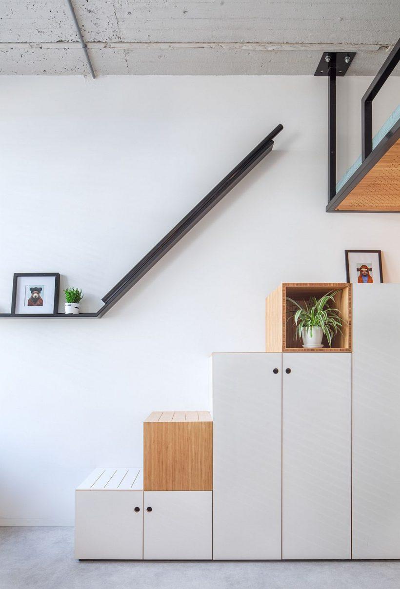 escalera de estilo caja con almacenamiento integrado