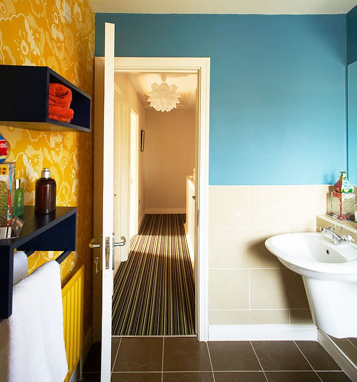 piccola idea Colorful bathroom