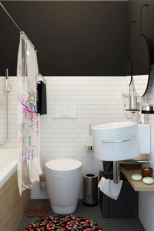 Компактна ванна кімната в білому