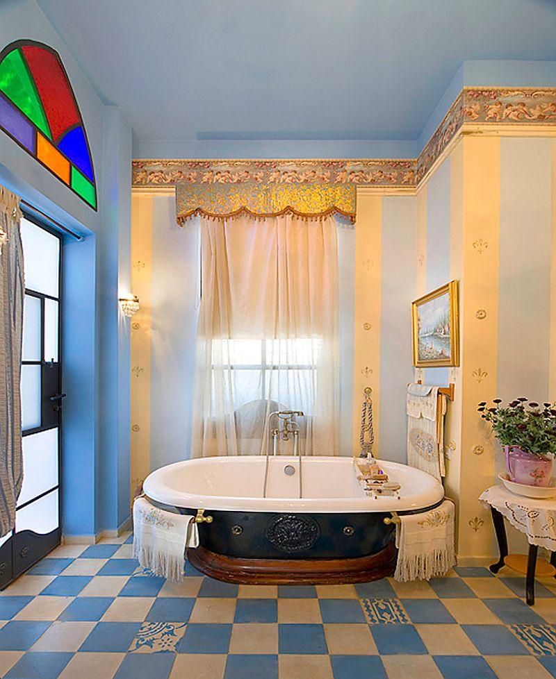 Zelta ceļ gaisa regality uz vannas istabu