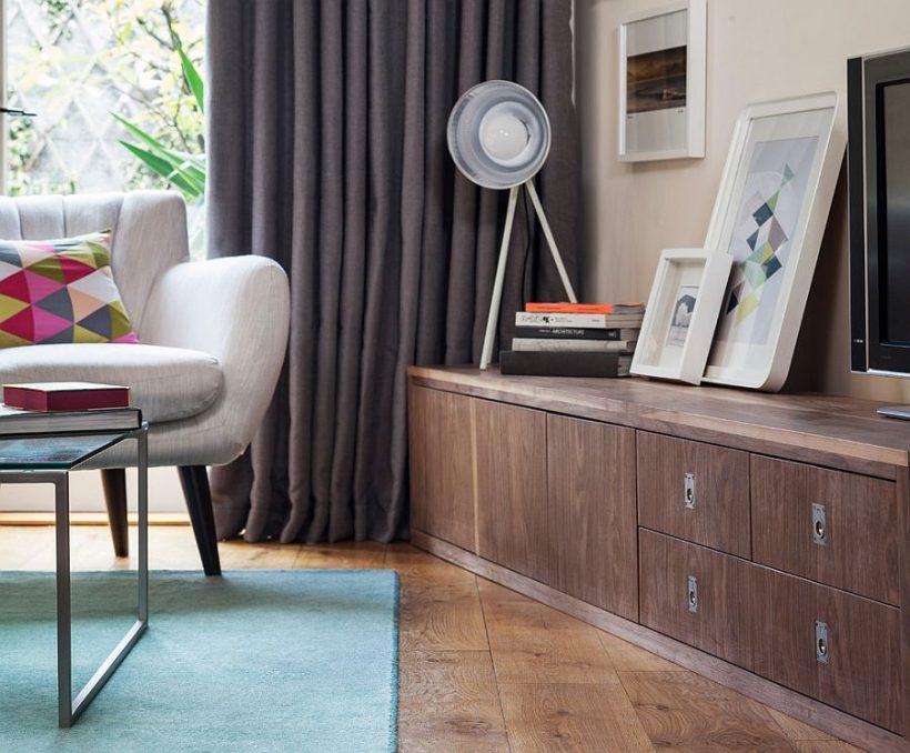 Pelēkie aizkari ir ideāla izvēle moderns dzīvojamā istaba