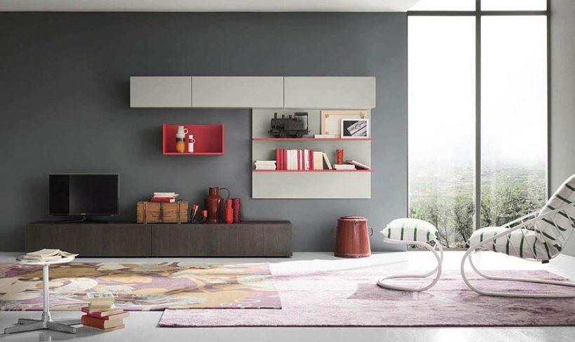 Гарячий рожевий оживляє блок стіни творчої вітальні