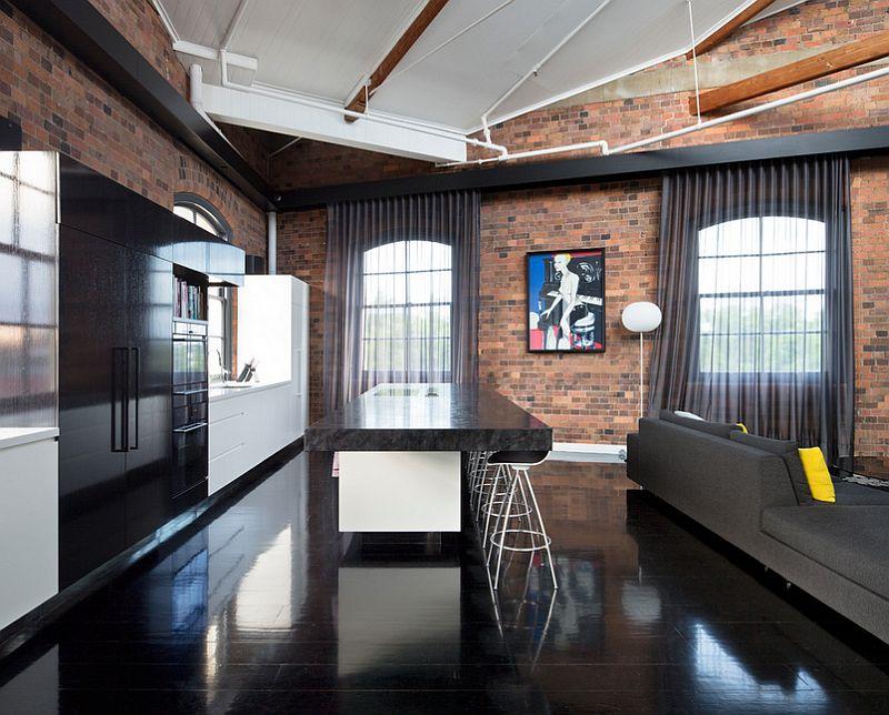 Rūpniecības virtuvē ir ar tumšu elegantu skaistumu