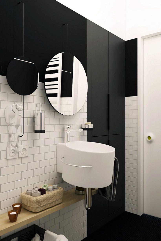 el uso elegante de espejos en el baño