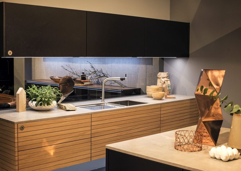Decorare con luci di striscia LED: Cucine con Radiance Energy-Efficient!