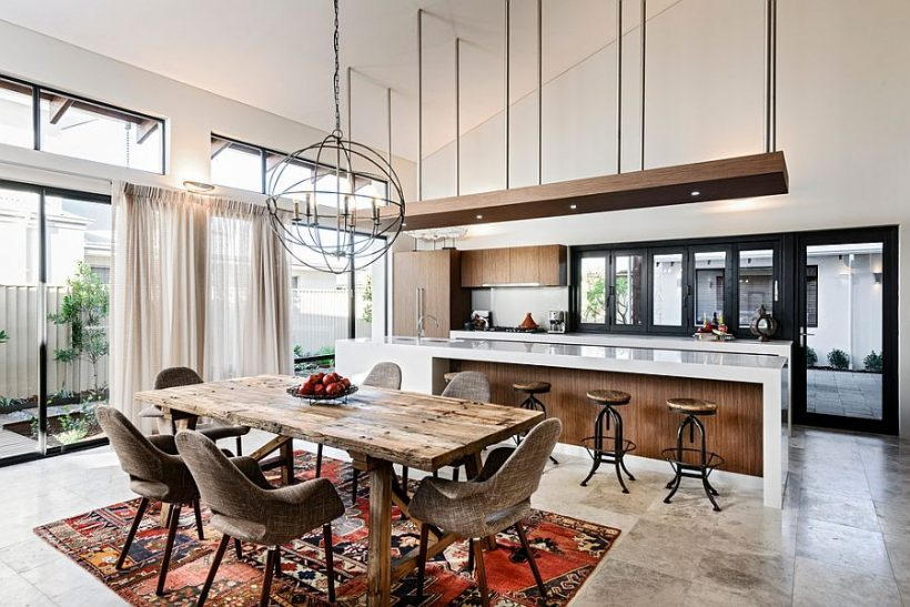 Vintage patchwork koberec pre jedálenský priestor v otvorený koncept obývacieho priestoru