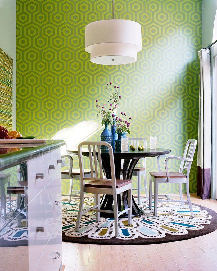 Wie zegt eetkamer tapijten nodig vlakte en saai te zijn