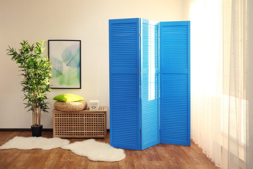 So verwenden Raumteiler in kleinen Räumen