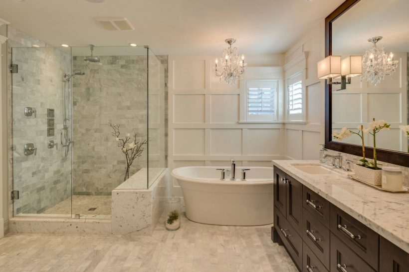 Kurti geresnį Vonios kambarys: 6 Vonios Atnaujinimai verta pinigų
