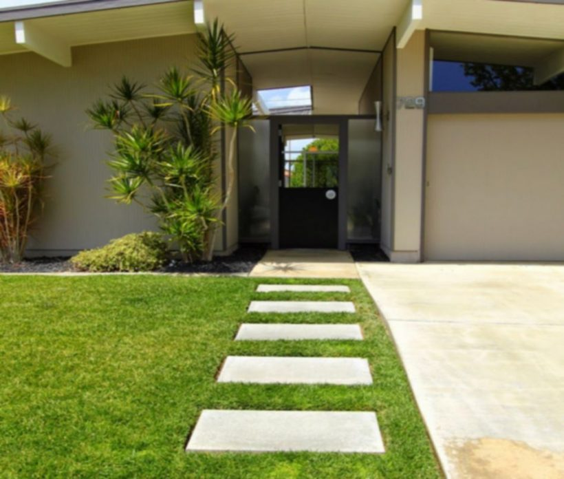 Simple Modern Eichler prefab Walkway