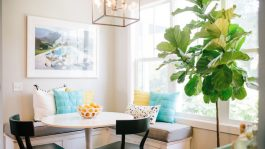 light-furniture-small-cozy-dining-space
